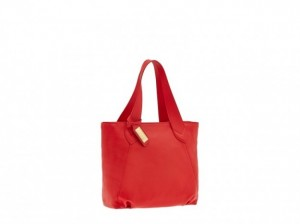 shopper-rossa-the-bridge